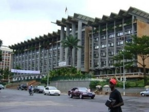 third-record-subscription-of-cameroonian-government-securities-on-the-beac-in-2014