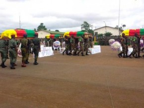 cameroon-fundraising-and-donations-of-foodstuffs-to-support-soldiers-on-the-front