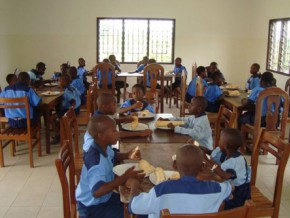cameroon-the-western-union-foundation-offers-0000-to-help-children-from-sos-children's-village