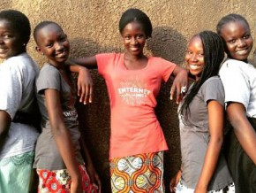 cameroon-high-school-girls-design-an-application-allowing-support-to-be-given-to-boko-haram-victims