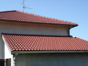 cameroon-bocom-recycling-starts-production-of-eco-friendly-roof-tiles-made-of-recycled-plastic-waste