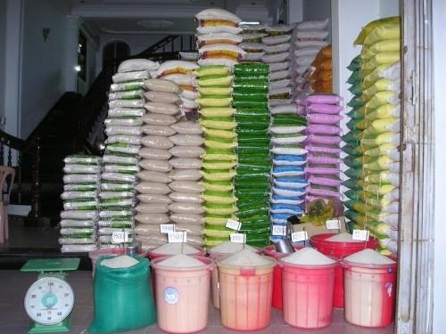 Tax exemption on rice imports in Cameroon feeds contraband network