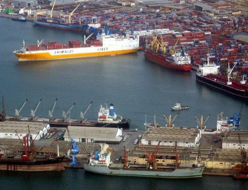 Cameroon: Only 30% of Douala port's capacity is used because of the shipwrecks