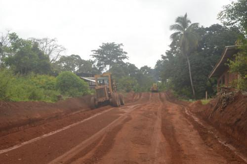 Cameroon to renovate 190 km of roads following the CEROQ contracts