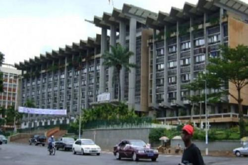 Unofficial bonuses greatly increase Cameroon's payroll (World Bank)