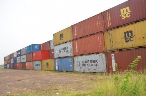 Cameroon: Customs will sell loads of wood abandoned since years at Douala port