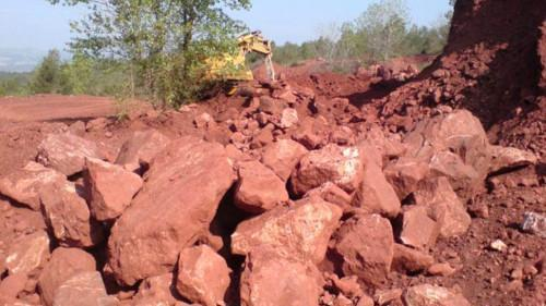 Cameroon: Canyon Resources identifies 250mln tons of 'very high grade' bauxite at Minim-Martap