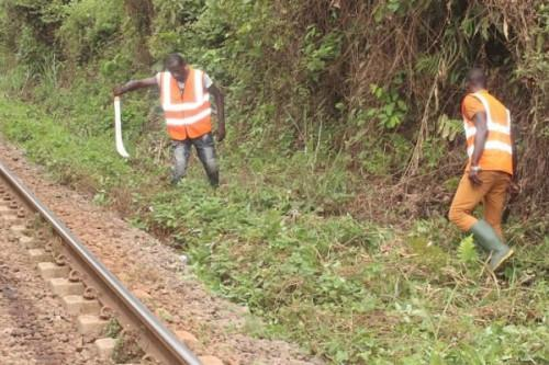 Camrail increases wages by 24.3% for local communities that weed off  its railway tracks