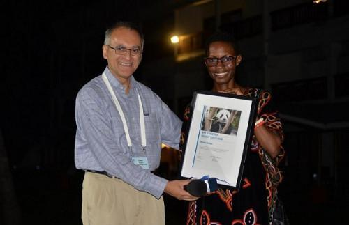 Cameroonian Monique Ntumngia receives the WWF Africa Youth Award 2019