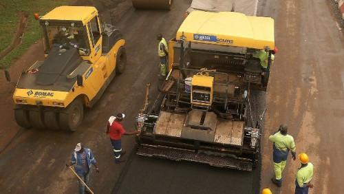 Cameroon tests roller-compacted concrete RCC, a three times cheaper material that doubles road life