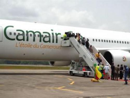 CAMAIR-Co leases a bombardier Dash8-Q400