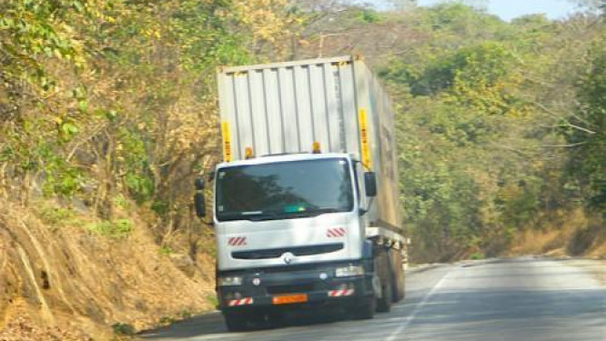 cameroon-issued-1-640-approvals-to-ease-traffic-within-the-cemac-area-in-2017