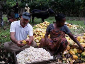 cameroon-french-chocolate-maker-christophe-bertrand-initiates-fundraising-campaign-to-build-storehouse-for-cocoa-producers-in-nkog-ekogo
