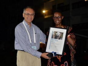 cameroonian-monique-ntumngia-receives-the-wwf-africa-youth-award-2019