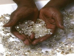 almost-all-of-cameroon-s-official-diamond-production-is-exported-to-the-uae-and-belgium-beac-data-show
