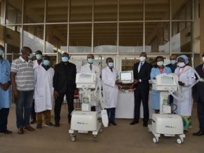 cameroon-eneo-donates-xaf175-mln-of-medical-supplies-to-help-fight-covid-19
